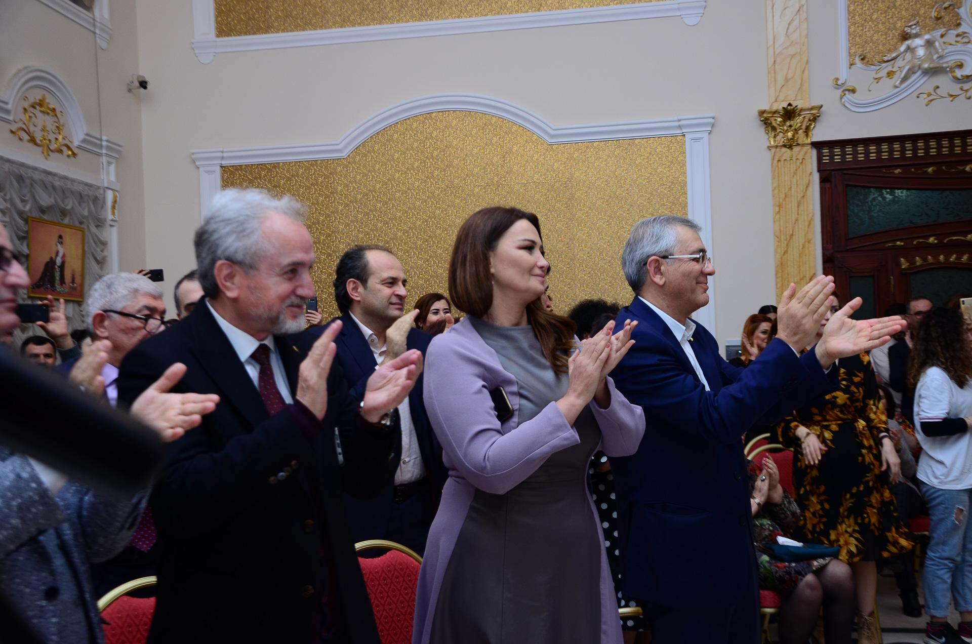 Ganira Pashayeva, Prof.Dr. Hamlet İsahanlı